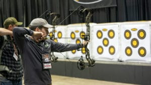 calvin bueltel shooting mathews vxr 31.5 at 2020 ata show