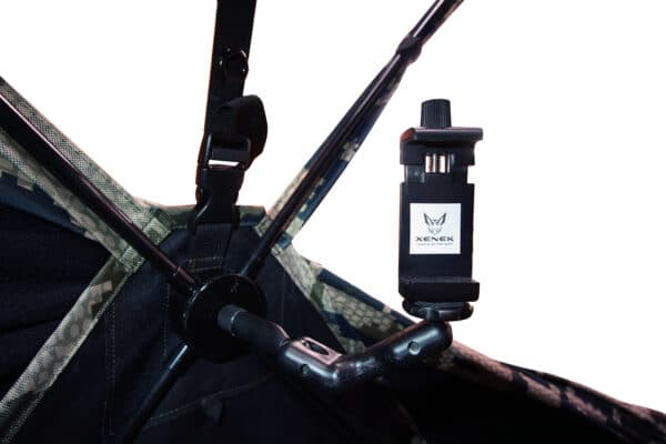 xenek mini mount with phone adapter to film your hunts